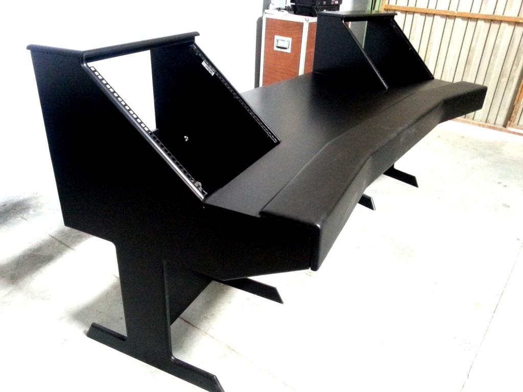 Vendo mobiliario a medida para estudio de grabaci n en for Mesas de estudio a medida