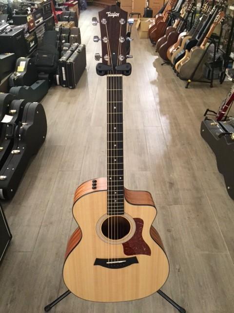 Vendo guitarra electro ac stica taylor 114 ce en for Guitarras barcelona