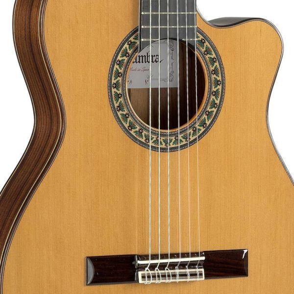 Guitarra cl sica alhambra funda semir gida en barcelona for Guitarras barcelona