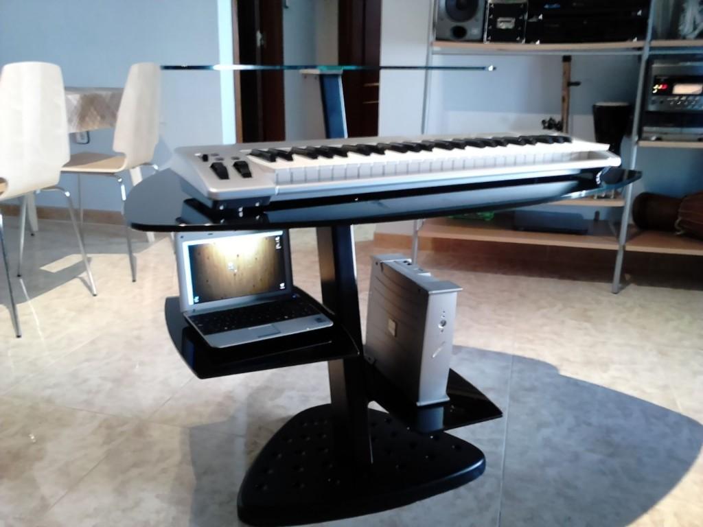 Mesa de estudio de acero y cristal templado en zaragoza - Mesas estudio cristal ...