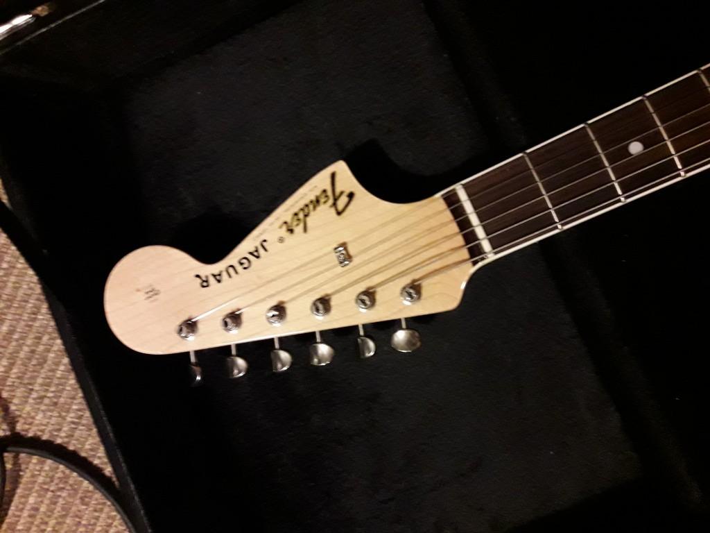Comprar fender jaguar thinline en barcelona hispasonic for Guitarras barcelona