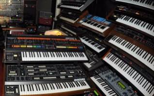 Teclados y sintetizadores