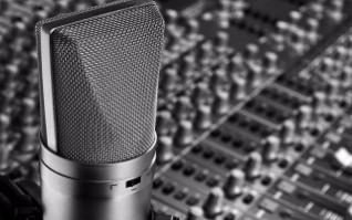 Equipo de estudio y grabación